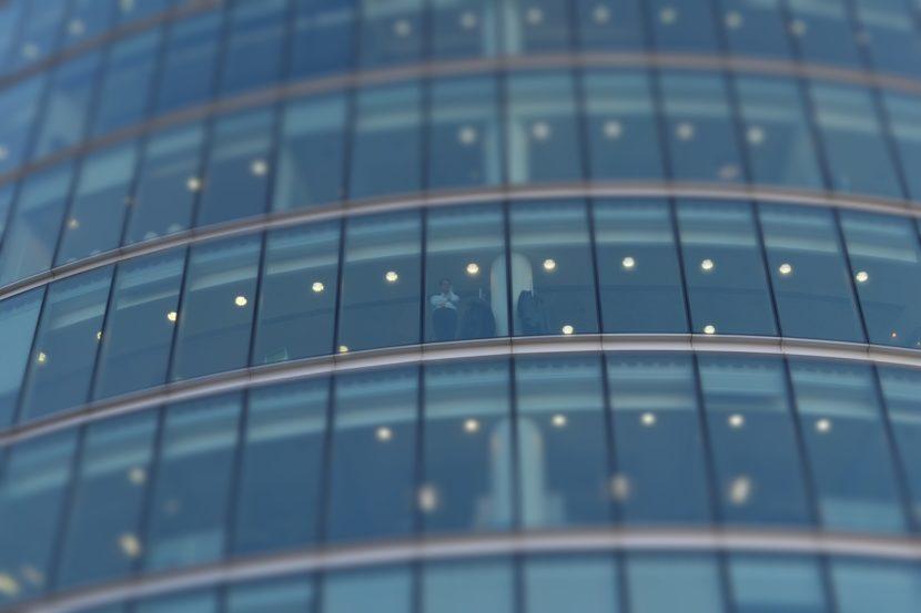 Centro De Negocios En La Capital Compartir Articulos